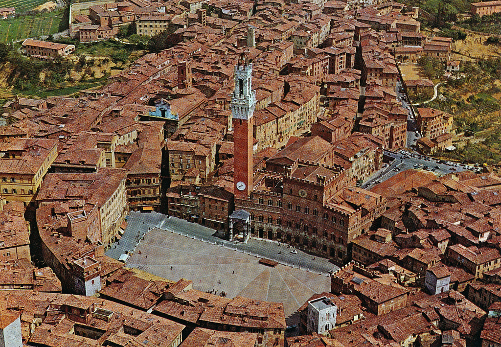 48 hours in siena italy the wandering veteran for Sienna house